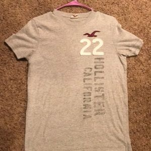 Men's Hollister gray tee